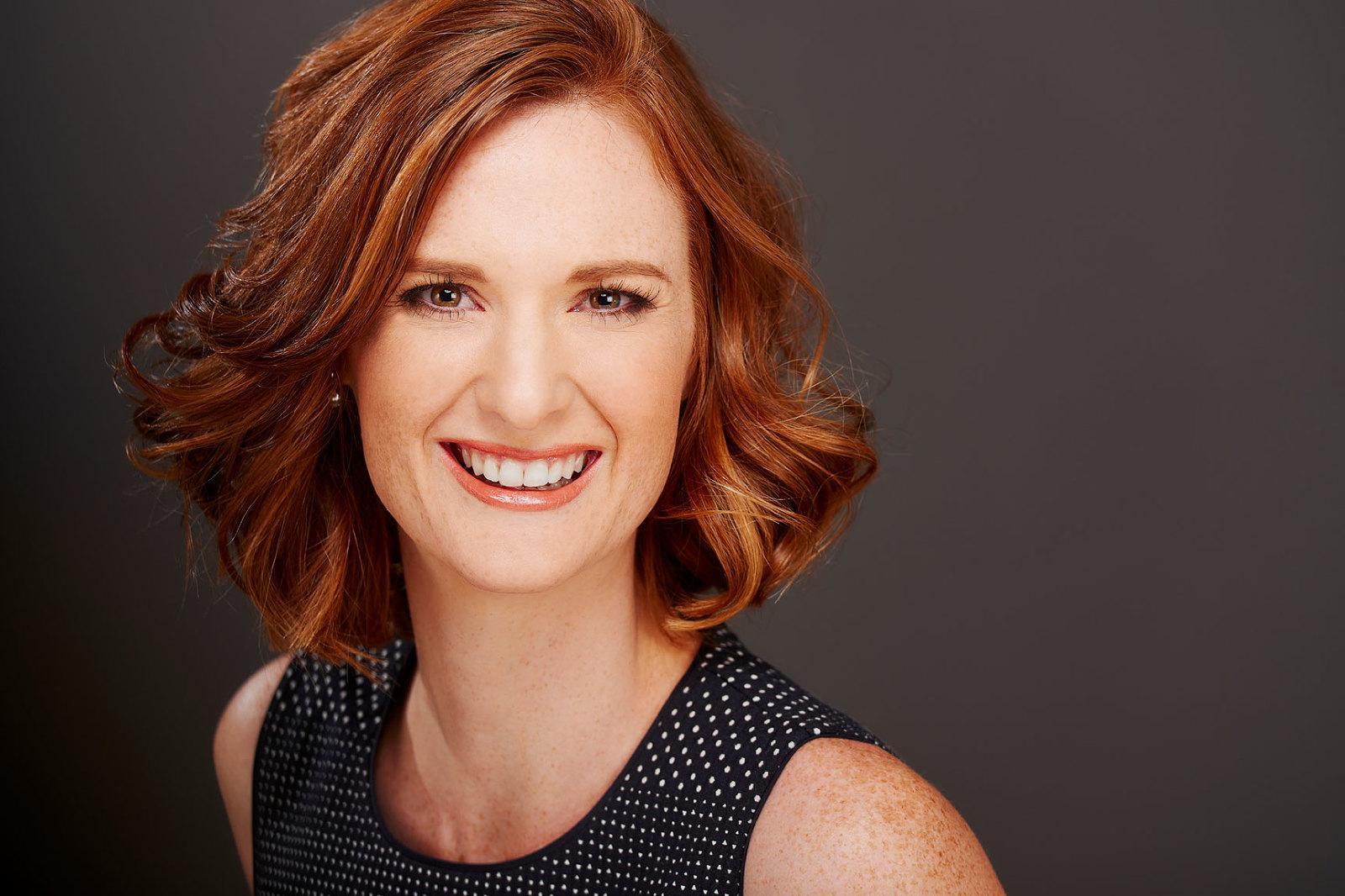 LinkedIn Headshots for women
